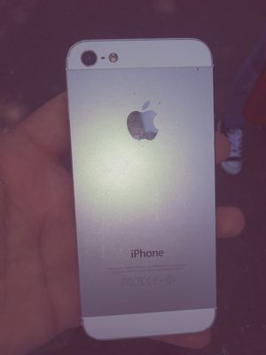 Iphone 5 for Sale in Hayward, CA