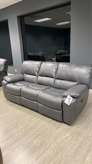 Power Recliner Sofa With USB Ports In Black, Grey, Brown or Light Brown for Sale in Vancouver, WA