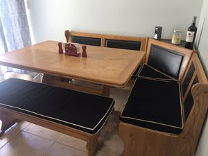 Kitchen table Nook Dining Set for Sale in Casselberry, FL