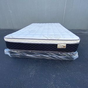 Bamboo Pillow Top Mattress And Boxspring for Sale in Norwalk, CA