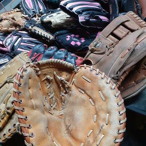 Baseball Gloves for Sale in Bell Gardens, CA
