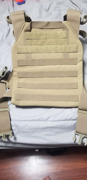 Tactical plate carrier with 10x12 level 3 plate for Sale in Concord, VA