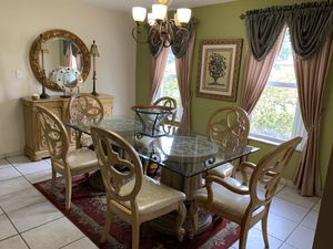 Dinning room set for Sale in Miami, FL
