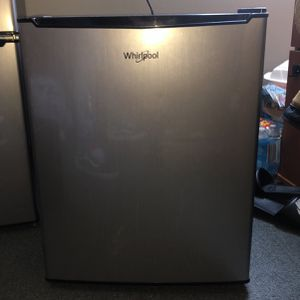 Whirlpool Mini Fridge for Sale in Hastings, NE