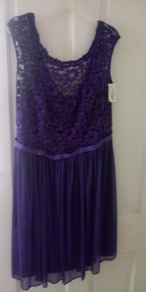 Bridesmaid Dress. Tags still on for Sale in Palmyra, NJ