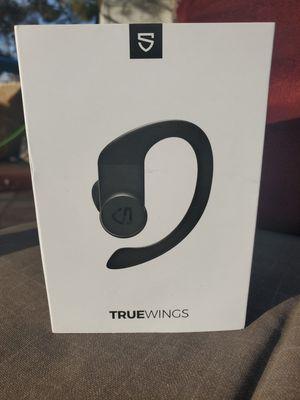 $35 SOUND PEATS TRUE WINGS WIRELESS EARBUDS for Sale in Las Vegas, NV