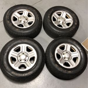 225/75R16 Jeep Wrangler wheels and tires for Sale in South Attleboro, MA