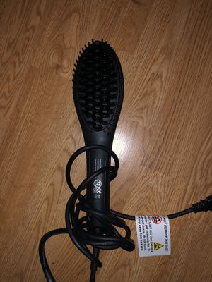 Straight ahead brush hair straightener for Sale in FL, US