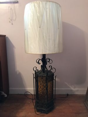 Lamp with shade for Sale in Pittsburgh, PA