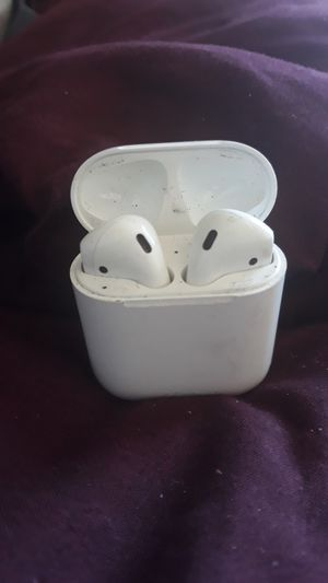 Apple air buds for Sale in Richmond, CA