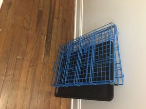 Medium size dog house almost brand new metal. Nothing is missing. for Sale in Brooklyn, NY