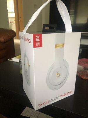 Beats Studio 3 Wireless for Sale in Riverside, IL