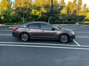 2016 Nissan Altima Sv for Sale in Downey, CA