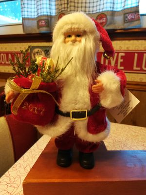 SANTA 2017 COLLECTIBLE- NEW WITH TAG for Sale in Jacksonville, FL