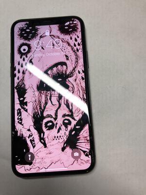iPhone 11 Pro UNLOCKED/DESBLOQUEADO for Sale in Long Beach, CA