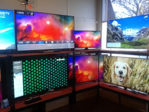 Hdtv tv Best tv for the price 55 inch 4k hdr uhd priced to sell fast for Sale in Pasadena, CA