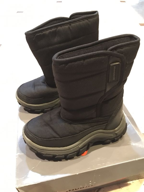 Kids snow boots 12