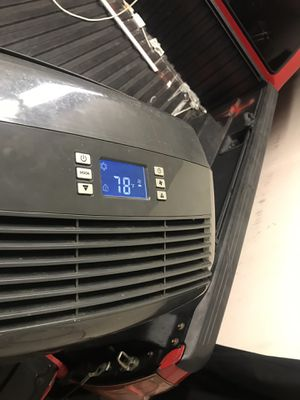 Delinghi portable ac unit for Sale in Santa Clarita, CA