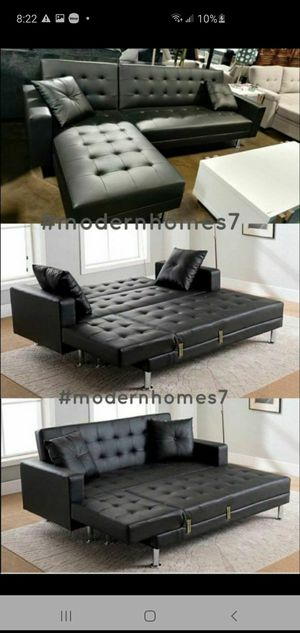 Black leather sectional sofa with chaise launge convertible sleeper couch for Sale in La Palma, CA