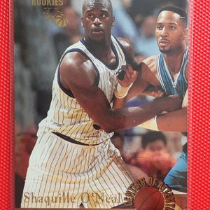 Shaquille O'Neal Card Bundle + Bonus Gary Payton Rookie for Sale in Delray Beach, FL