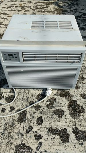 AC window/wall unit GE 23500 BTU for Sale in Boca Raton, FL