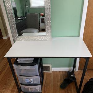 White desk for Sale in Wenatchee, WA