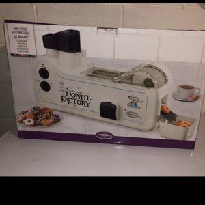 Mini Donut Maker Machine! for Sale in Visalia, CA