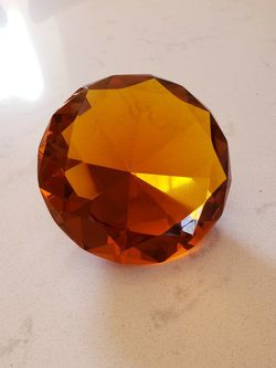 Beautiful Amber Diamond Paperweight for Sale in Plumsted Township,  NJ
