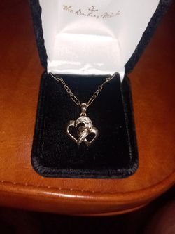 Double Floating Heart Necklace 18-in Chain 14 Karat Gold for Sale in Pensacola,  FL