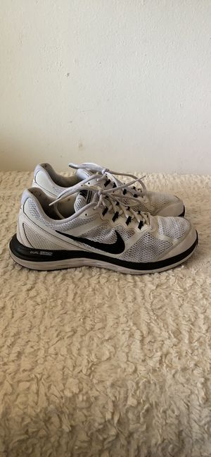 NIKE DUAL FUSION SIZE 11.5 for Sale in Los Angeles, CA