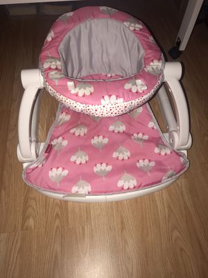 Fisher Price Sit Me Up Floor Chair for Sale in Beaumont, TX