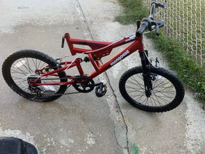 24in Mountain Bike needs new pedals for Sale in Baltimore, MD