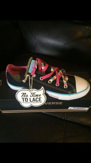 Converse Shoes Youth Girls Sz 8 BRAND NEW for Sale in West Palm Beach, FL