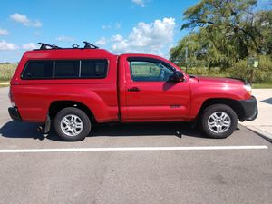 T0YOTA TACOMA 2011 in Antioch, IL for Sale in Antioch, IL