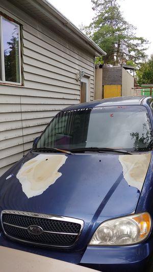 2002 Kia Sedona minivan for Sale in Seattle, WA