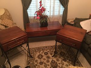 Cherry antique coffee and 2 end tables for Sale in Pompano Beach, FL