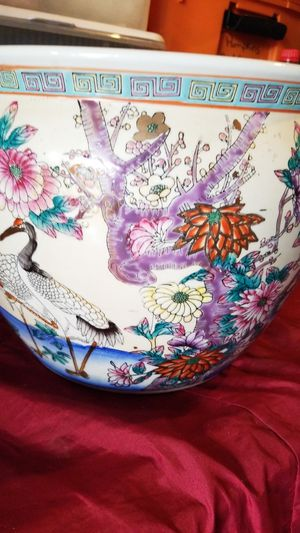CHINESE PORCELAIN POT! for Sale in Hillsboro, OR