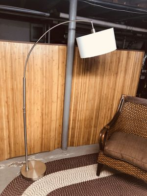 floor lamp good condition for Sale in Medford, MA