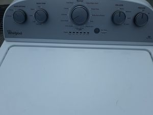1 YR OLD WHIRLPOOL WASHER LARGEST MADE WORKS GREAT for Sale in Virginia Beach, VA