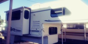 Lance camper slide out 2001 super clean for Sale in Morongo Valley, CA
