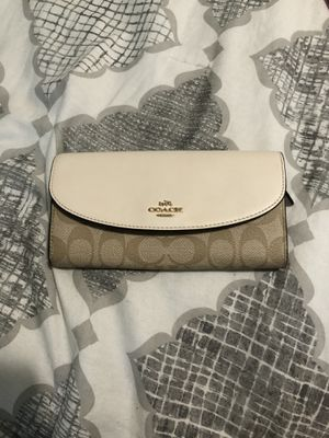 Coach wallet for Sale in Gresham, OR