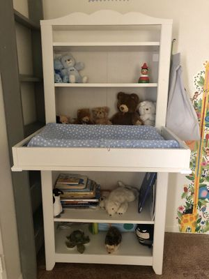 Changing table+ shelf for Sale in San Diego, CA