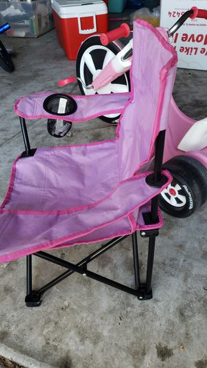 Kids pink beach chair for Sale in Cape Coral, FL