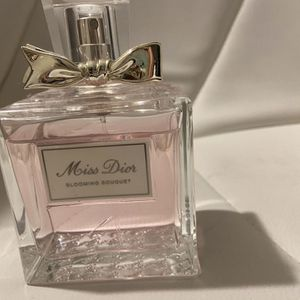 Brand New Miss Dior Blooming Bouquet Perfume 5 0z for Sale in Mukilteo, WA