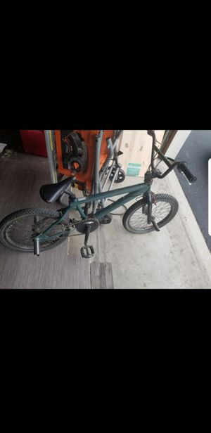 95 or 96 joey garcia dirt jumping bike 20 inch great christmas present for Sale in Joliet, IL