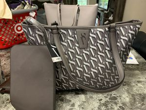 Brand new Vera wang purse and attached make up bag for Sale in Haines City, FL