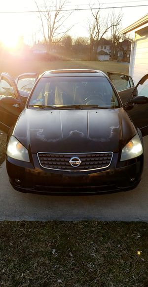 2005 Nissan Altima 3.5SL for Sale in Dayton, OH