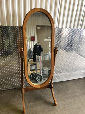 Authentic Vintage Antique Powell Standing Mirror (Trade or Buy) for Sale in Renton, WA