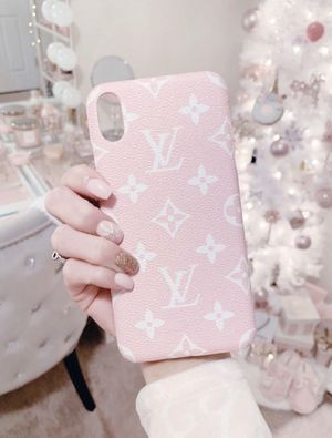 Pink luxury phone case for Sale in Fresno, CA