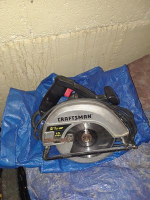 Good saw brand new blade only asking 25 for it for Sale in Columbus, OH